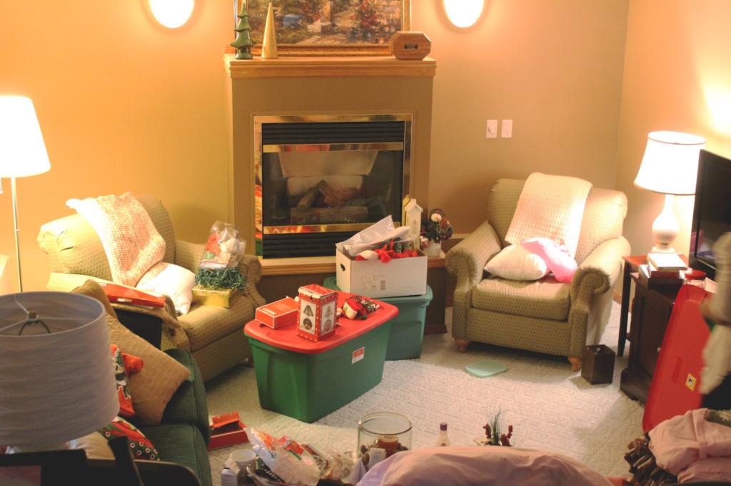 Christmas decorating // stephanieorefice.net