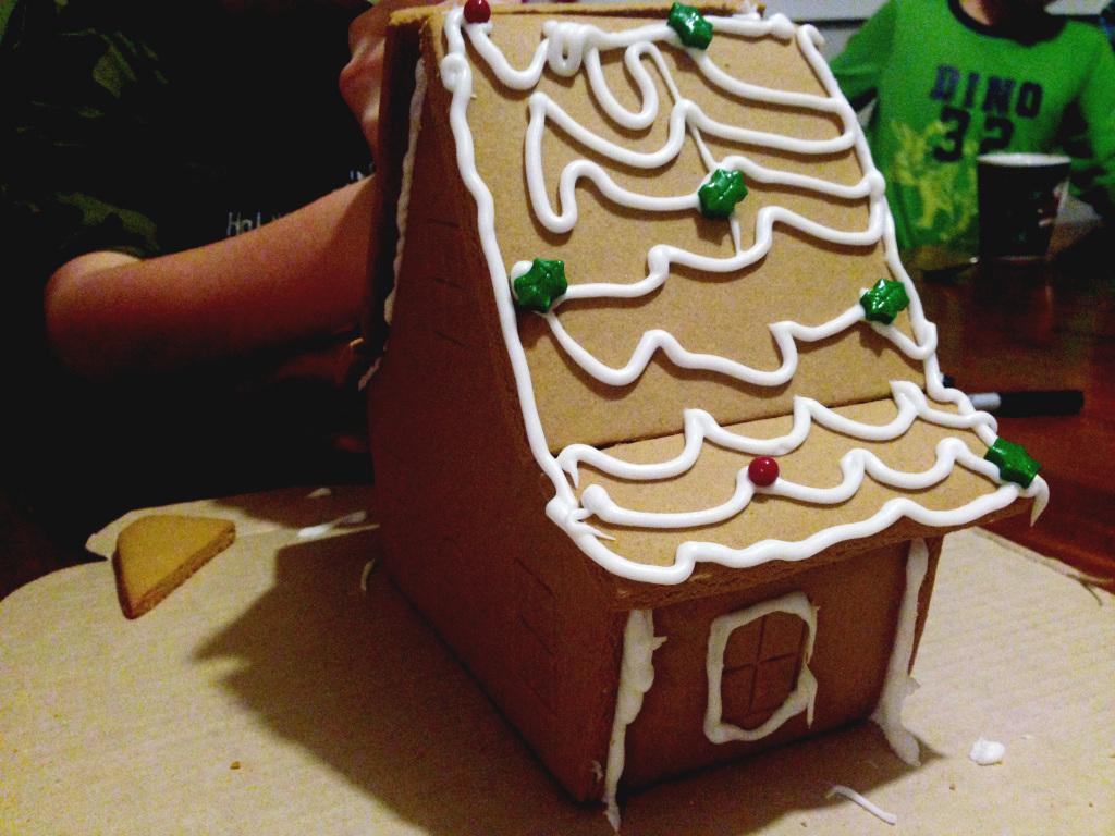 gingerbread house // stephanieorefice.net